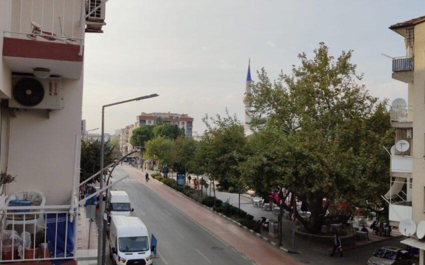 ŞEYH FENARİ CAMİİ KARŞISI CADDE ÜZERİNDE 2+1 SATILIK DAİRE